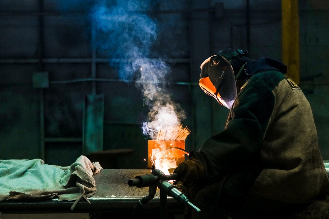 lavoro con acciaio inox